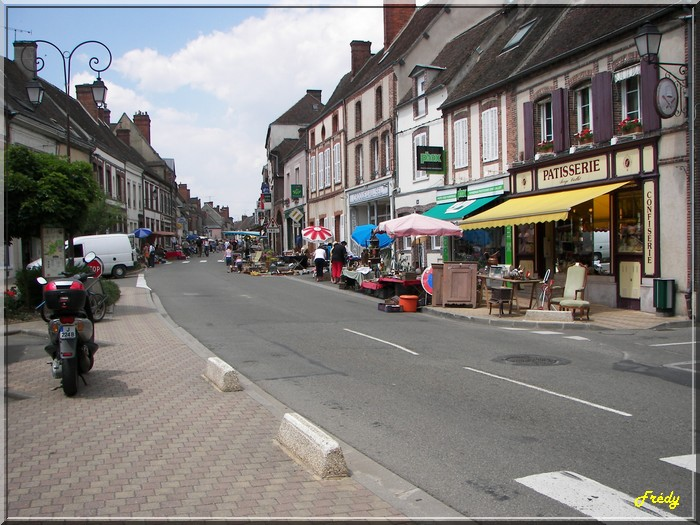 Châteauneuf en Thimerais 20060701_002