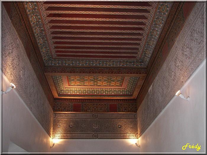 Maroc 7ème jour : bâtiments dans Marrakech 20061023_019