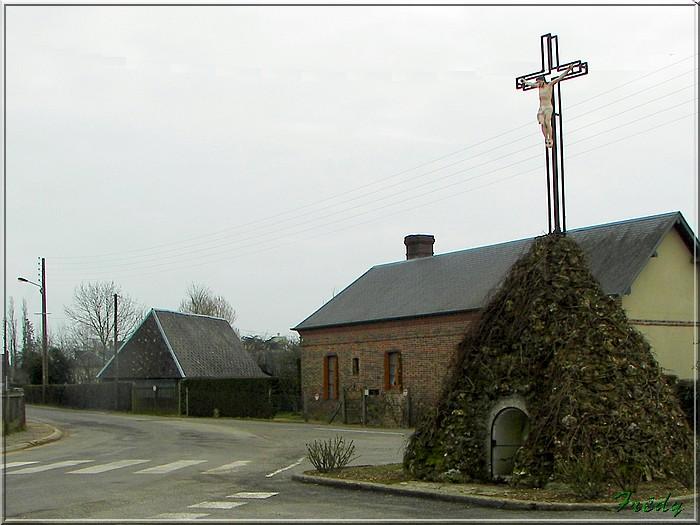 Le sentier de Pierre Ronde (Beaumesnil) 20080221_005