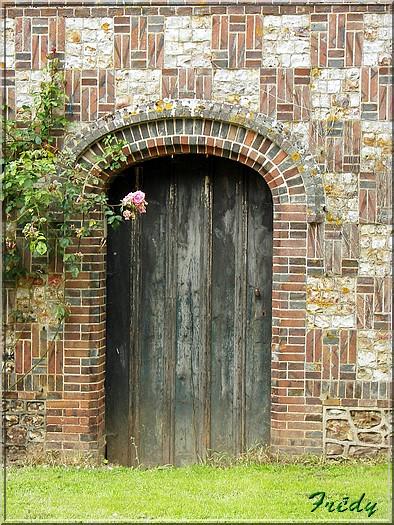 Portes fenêtres et escaliers. 20080608_049