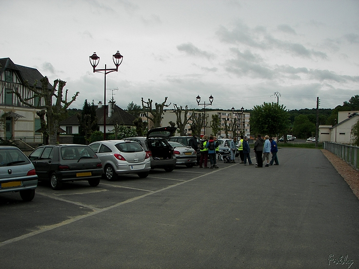Serquigny, avec le club Iton-Rando 20090517_002
