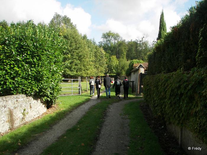 Fontaine Sous Jouy, avec OVS 20091012_003