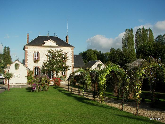 Fontaine Sous Jouy, avec OVS 20091012_064