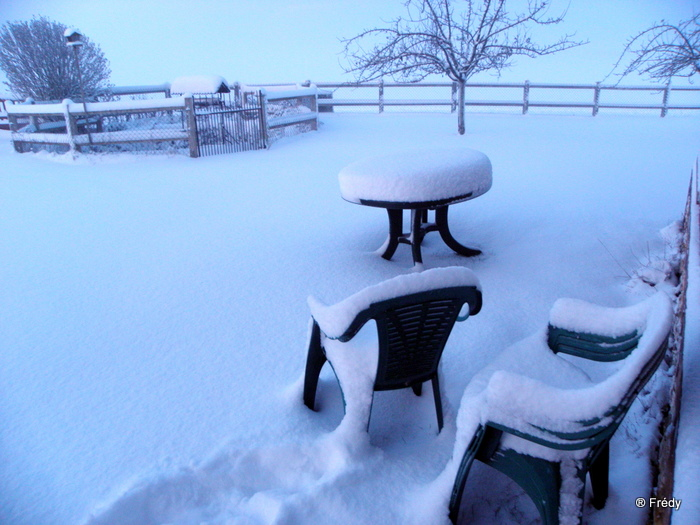 En Normandie aussi, la neige 20100107_002