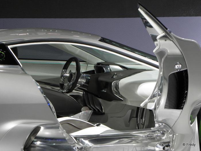 Le salon de l'auto 20101007_006