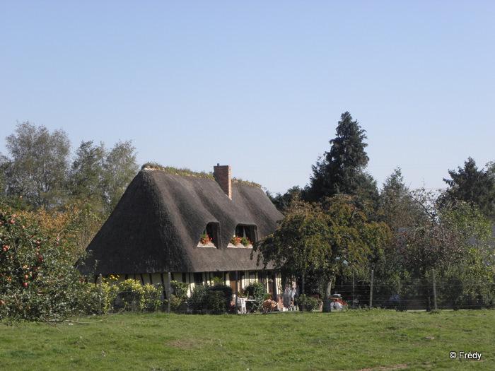 Sainte-Opportune du Bosc et le Champ de Bataille 20111001_001